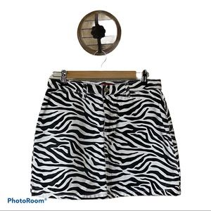 Signature 8 Zebra Print Mini Skirt (L)